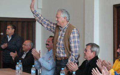 Elías Dip se reunió con transportistas de Nuevo León